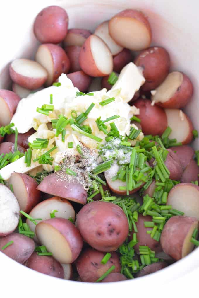Slow Cooker Sour Cream Chive Potatoes