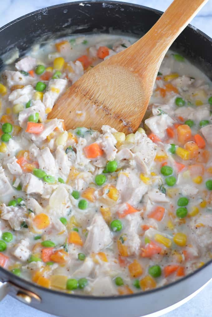 30 minute leftover turkey pot pie nourished simply leftover turkey pot pie filled with lots of veggies perfect for using up leftover turkey from forumfinder Image collections
